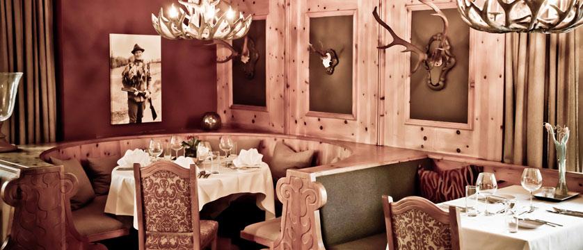 Q Hotel Maria Theresia, Kitzbühel, Austria -  Dining room.jpg